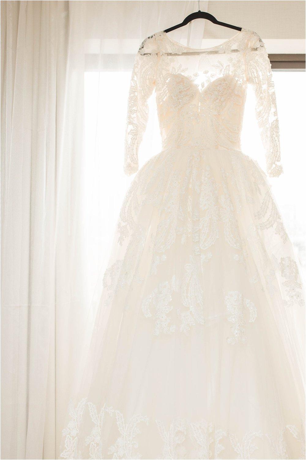Red-Rose-Convention-Mint-Room-Wedding-Toronto-Mississauga-Brampton-Scarborough-GTA-Pakistani-Indian-Wedding-Engagement-Photographer-Photography_0081.jpg