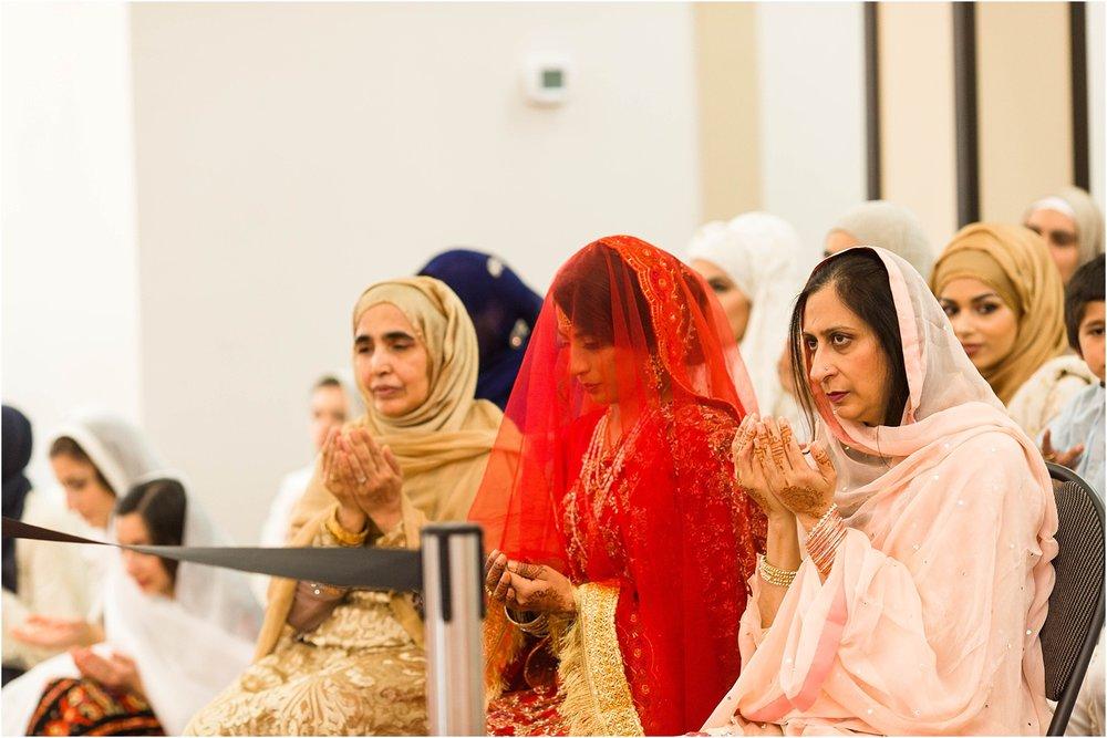 Jame-Masjid-Coopers-Mosque-Kariya-Park-Cherry-Blossoms-Wedding-Toronto-Mississauga-Brampton-Scarborough-GTA-Pakistani-Indian-Wedding-Engagement-Photographer-Photography_0034.jpg