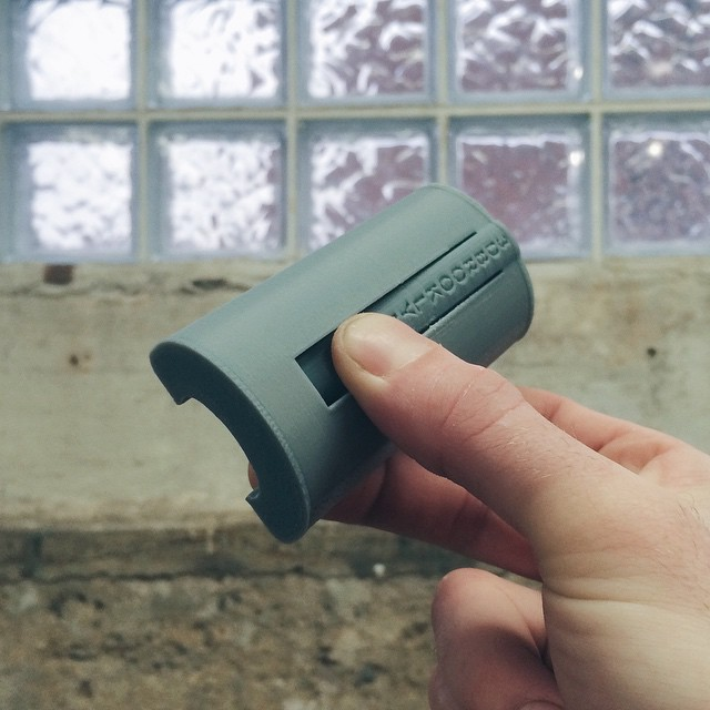 If you've been waiting to hear something good about your smoking habit: the smokesnap holds 7 cigarettes and stays closed with your lighter. Try it, it's addicting    #3DPrinted #3DPrinting #3DBrooklyn #smokesnap #Design #ProductDesign