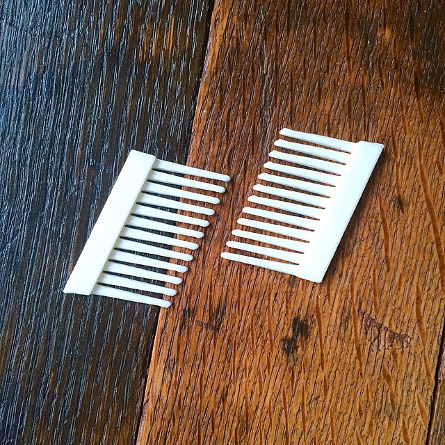 2 combs are better than 1 #3DPrinted #3DPrinting #3DBrooklyn #Cubify #Design #Brooklyn #ProductDesign