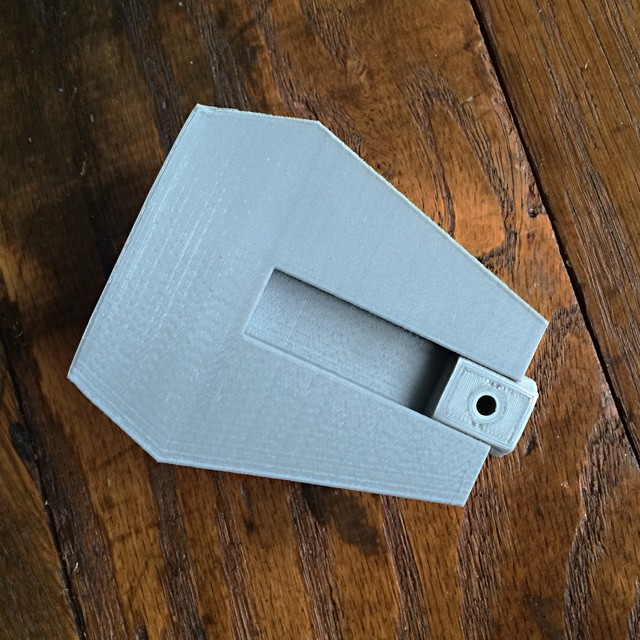 The back of my faceted wall planter showing how the universal cleat slides in #starwars