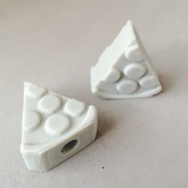 Perfect Saturday to eat pizza and ride your bike. Be nice and give your bike a slice with these valve caps at 3DBROOKLYN.com    #3DPrinted #3DPrinting #3DBrooklyn #Design #Brooklyn #ProductDesign #Fixie #Fixieporn #Fixedgear #Bike #Pizza