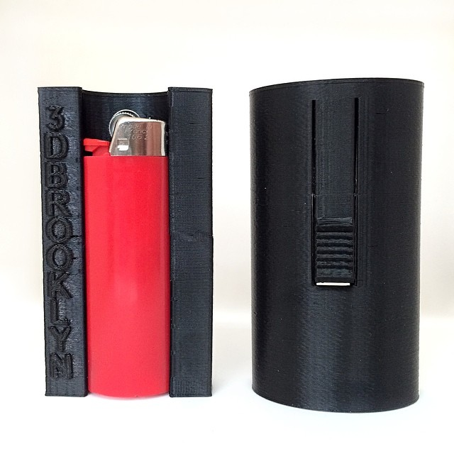 The SMOKESNAP is only $7 and holds 7 whole cigarettes!! Available at 3DBROOKLYN.COM | Keep your cigarettes safe and your lighter at hand #3DBK #3DBrooklyn #3Dprint #3Dprinter #3Dprinted #3Dprinting #Cubify #Cube #3Dsystems #Invent #Makerbot #Thingiverse #Brooklyn #Bushwick #Design #ProductDesign #Smoke #Smoking #Bic #Lighter #Cigarette