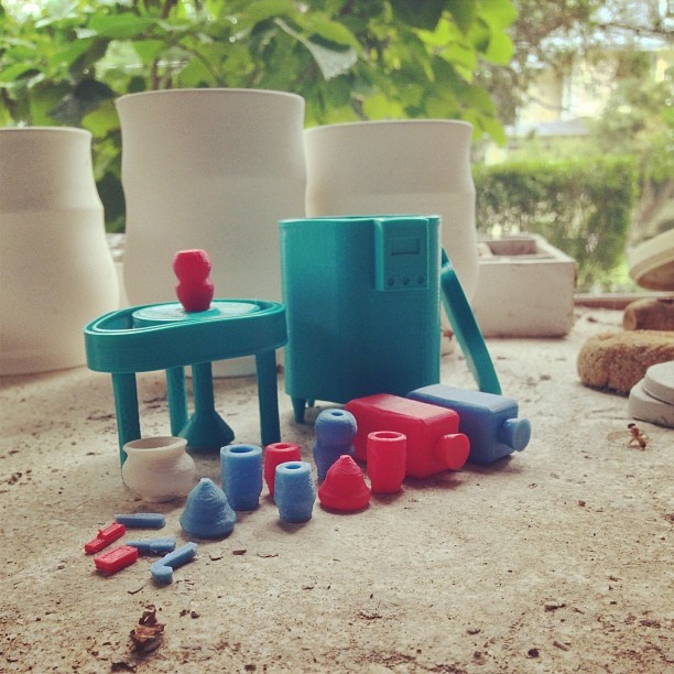 Pottery Play Set. The wheel spins and the pieces store in the kiln. #clay #pottery #kiln #ceramics #toy #invent #diy #3D #model #3Dprint #3Dprinter #3dbk #3dprinted #cubify #3dsystems #makerbot #reprap #shapeways #thingiverse