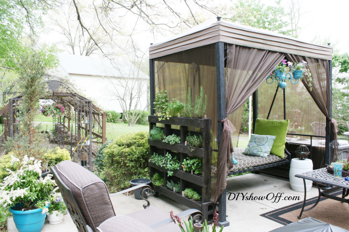 garden projects using pallets 3