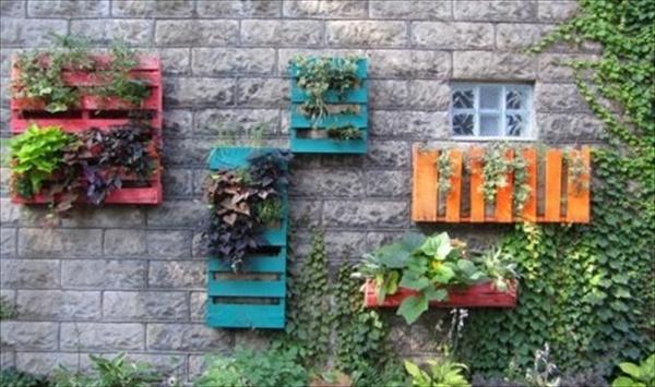 pallet-vertical-garden-5.jpg