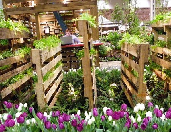 pallet-vertical-garden-2.jpg