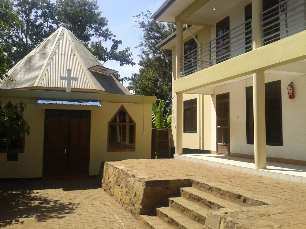 Sam Village Chapel and House.jpg