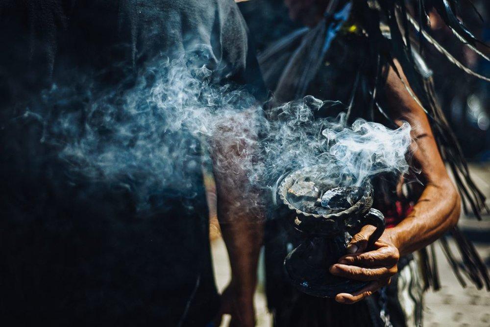 Oipocyoti (echar humo) #cdmx #photography #street #culture #mexicoescultura #mexicoandando #mexicourbano #mexicotravel #mexico_marivilloso #mexicoesmagia #vive_mexico #nikon_photography #nikon #nikonmx #mexico
