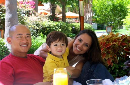 family_pic1-516x341.jpg