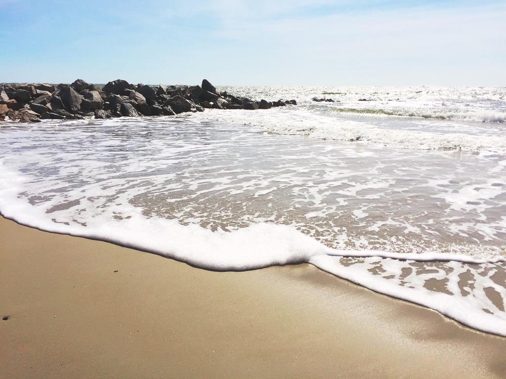 sullivans-island-beach-charleston-south-carolina