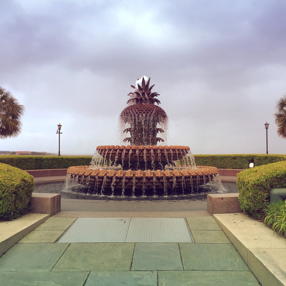 pineapple-fountain-downtown