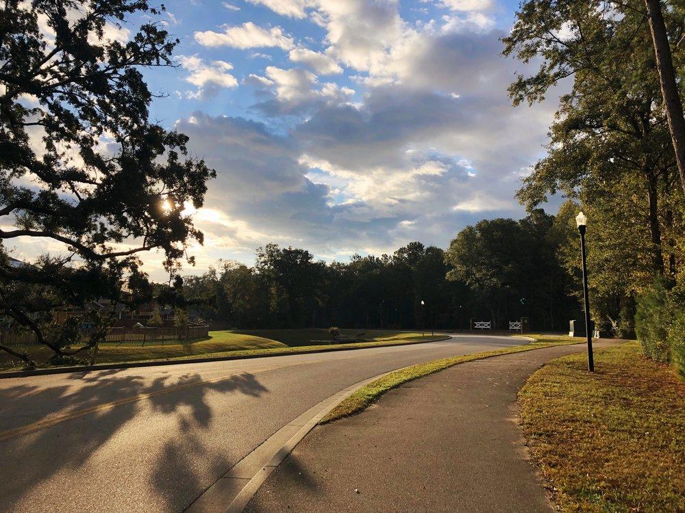 Running views along the running path
