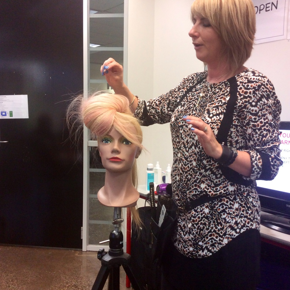 Hair styling demo by Lorna