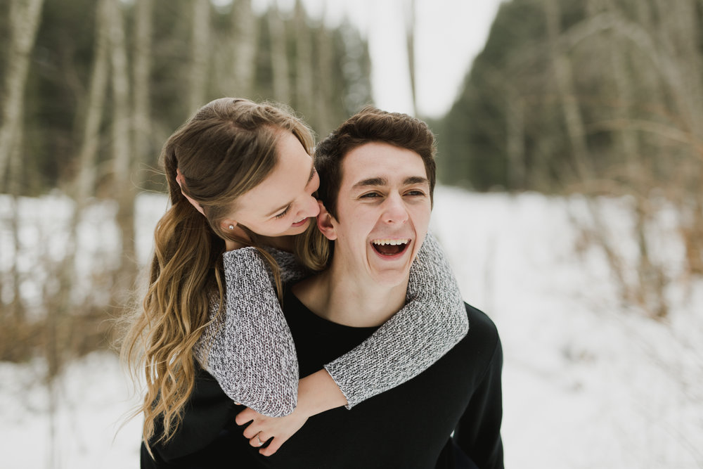 TAYLOR + CALEB - WINTER ENGAGEMENT