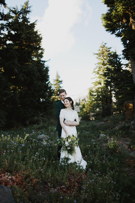 STEVEN + EMILY - MT HOOD, OREGON WEDDING