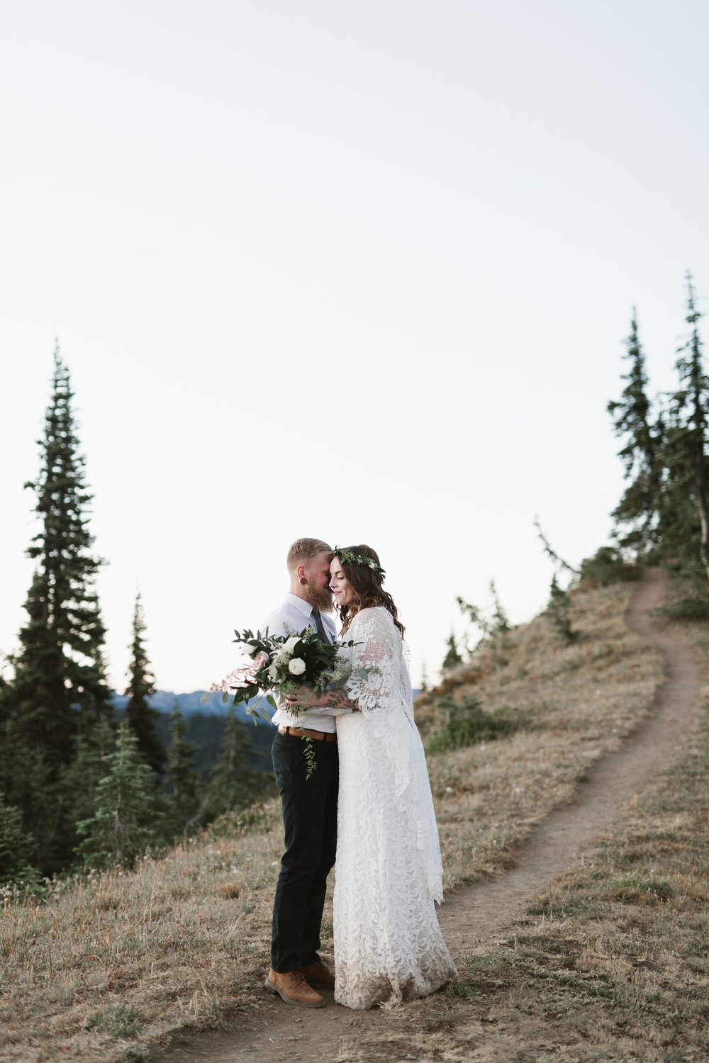 Jesse-Kasie-Hurricane-Ridge-Wedding-17.jpg