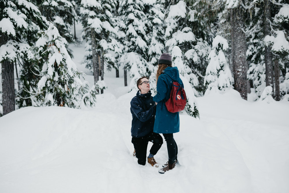 greg+jade-mount-washington-winter-engagement024.JPG