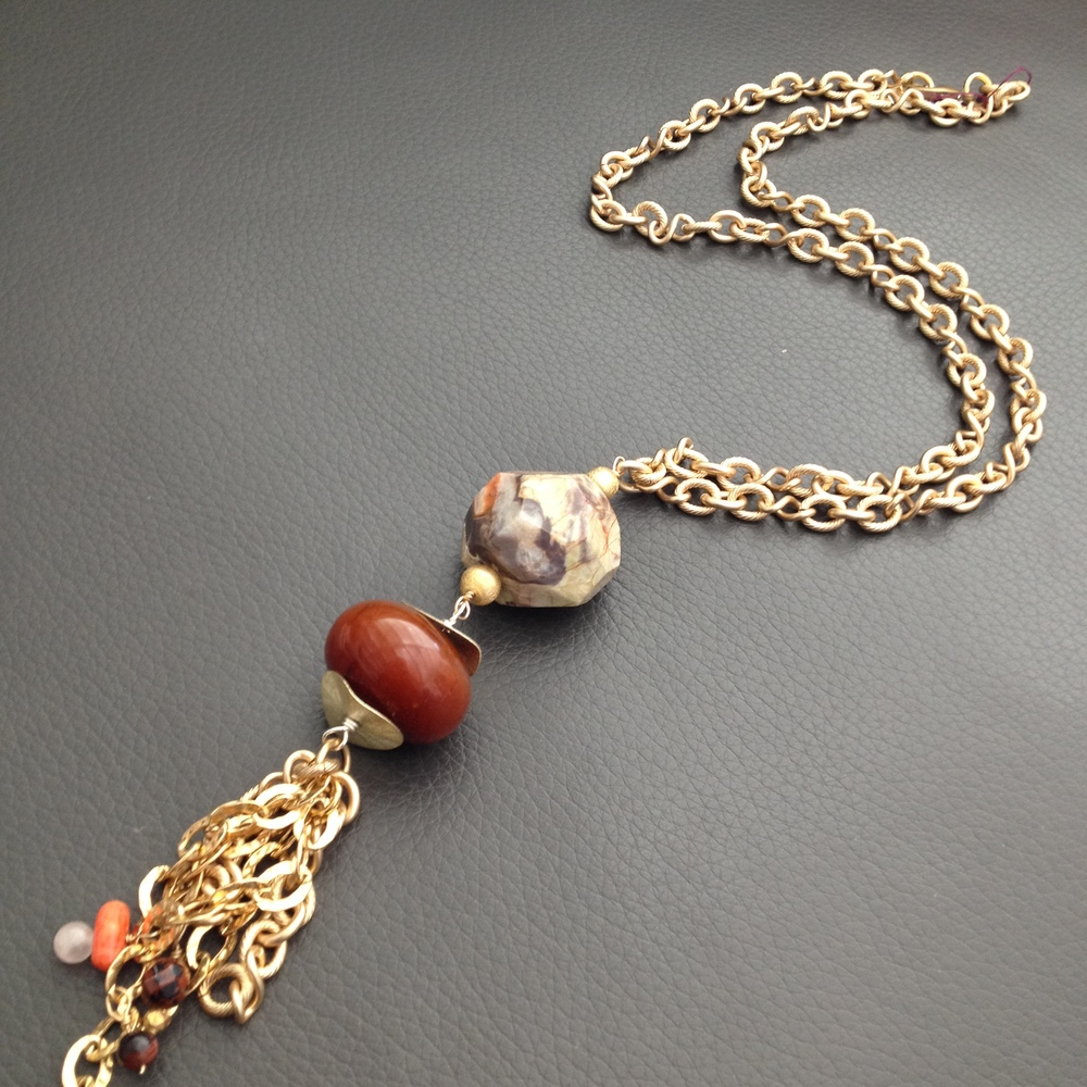 Agate and chain tassel necklace #jewelry #necklace #phyllisclark