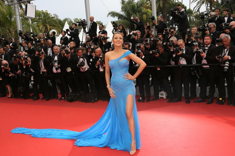 blake-lively-cannes-2016-versace-blue.jpg