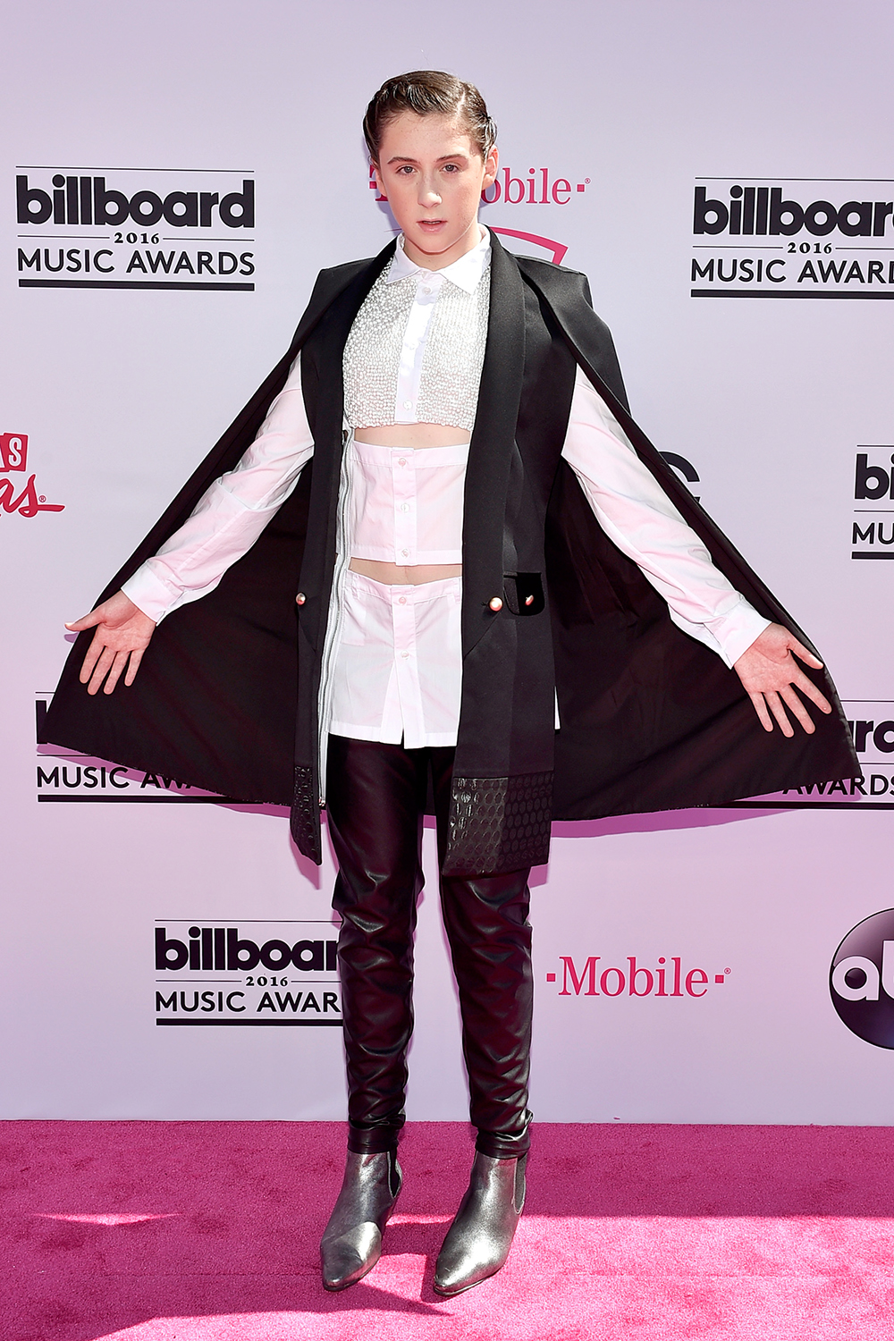 trevor-moran-BBMA-red-carpet-2016-billboard-1000.jpg