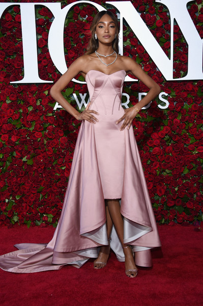 2016+Tony+Awards+Arrivals+lMOutXPWnqvl.jpg