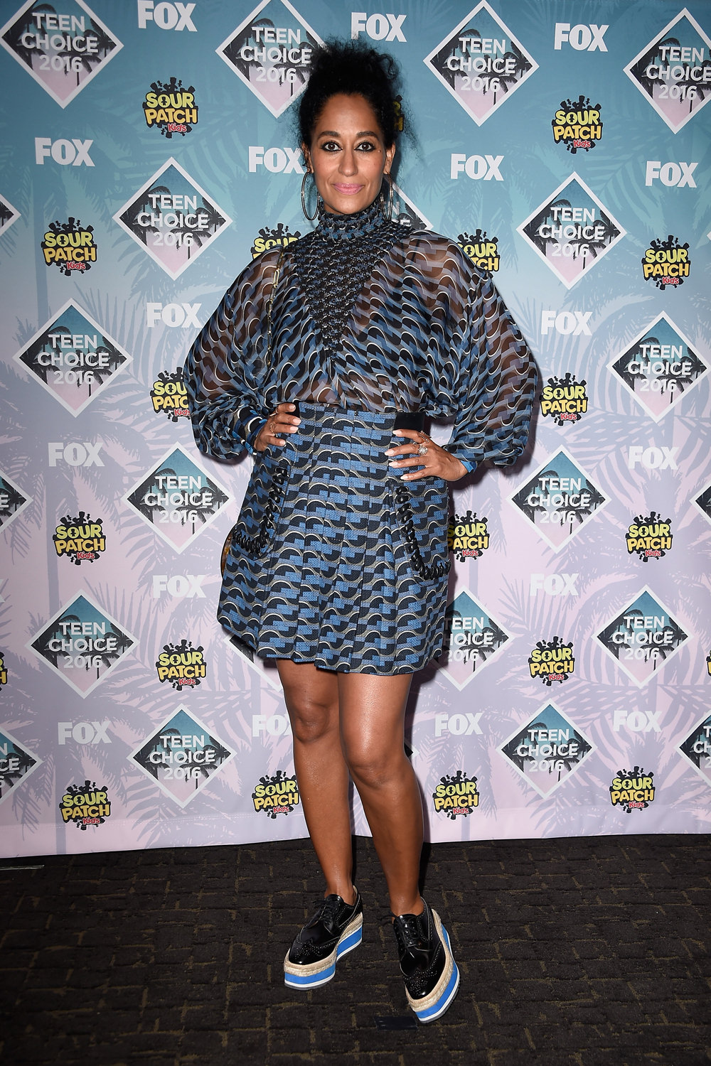 Tracee-Ellis-Ross-Teen-Choice-Awards-Red-Carpet-Fashion-Fendi-Tom-Lorenzo-Site-1.jpg