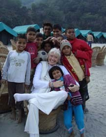 prabha-and-kids-170.jpg