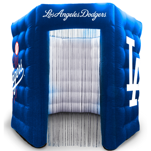 Dodger Photo Booth.png