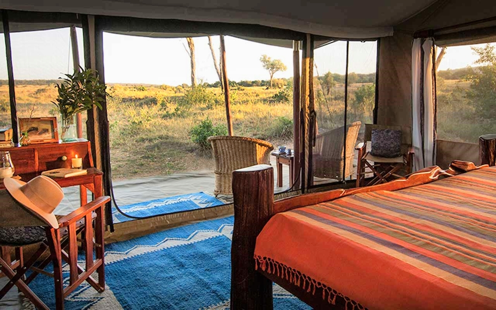 Offbeat Mara   …under canvas in style