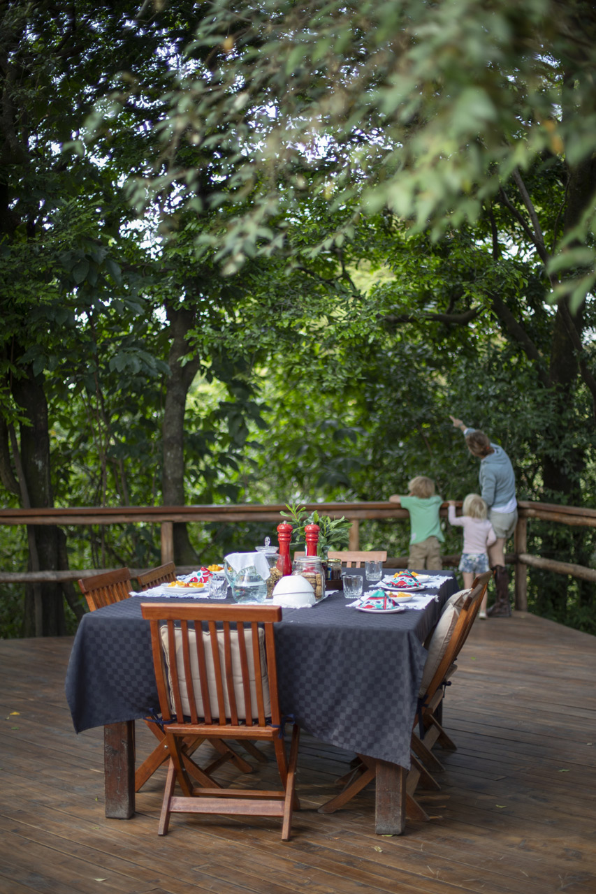 3. breakfast-on-forest-deck.jpg