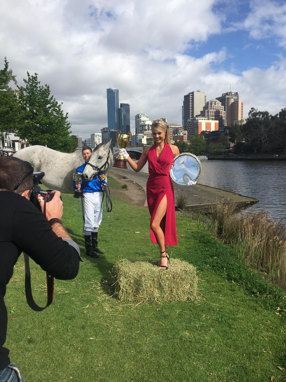 Elyse Knowles Melbourne Spring Racing 2015.JPG2.JPG