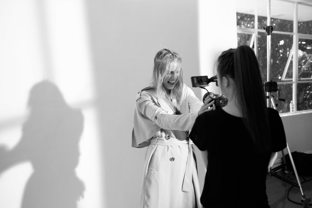 Witchery White Shirt - BTS Elyse Knowles-03-27__Z013062_BW.jpg