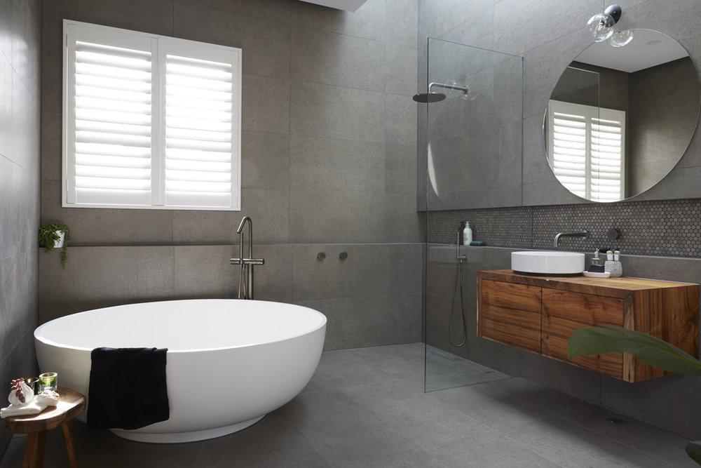 H5 RM1 Bathroom Josh & Elyse-03.jpg