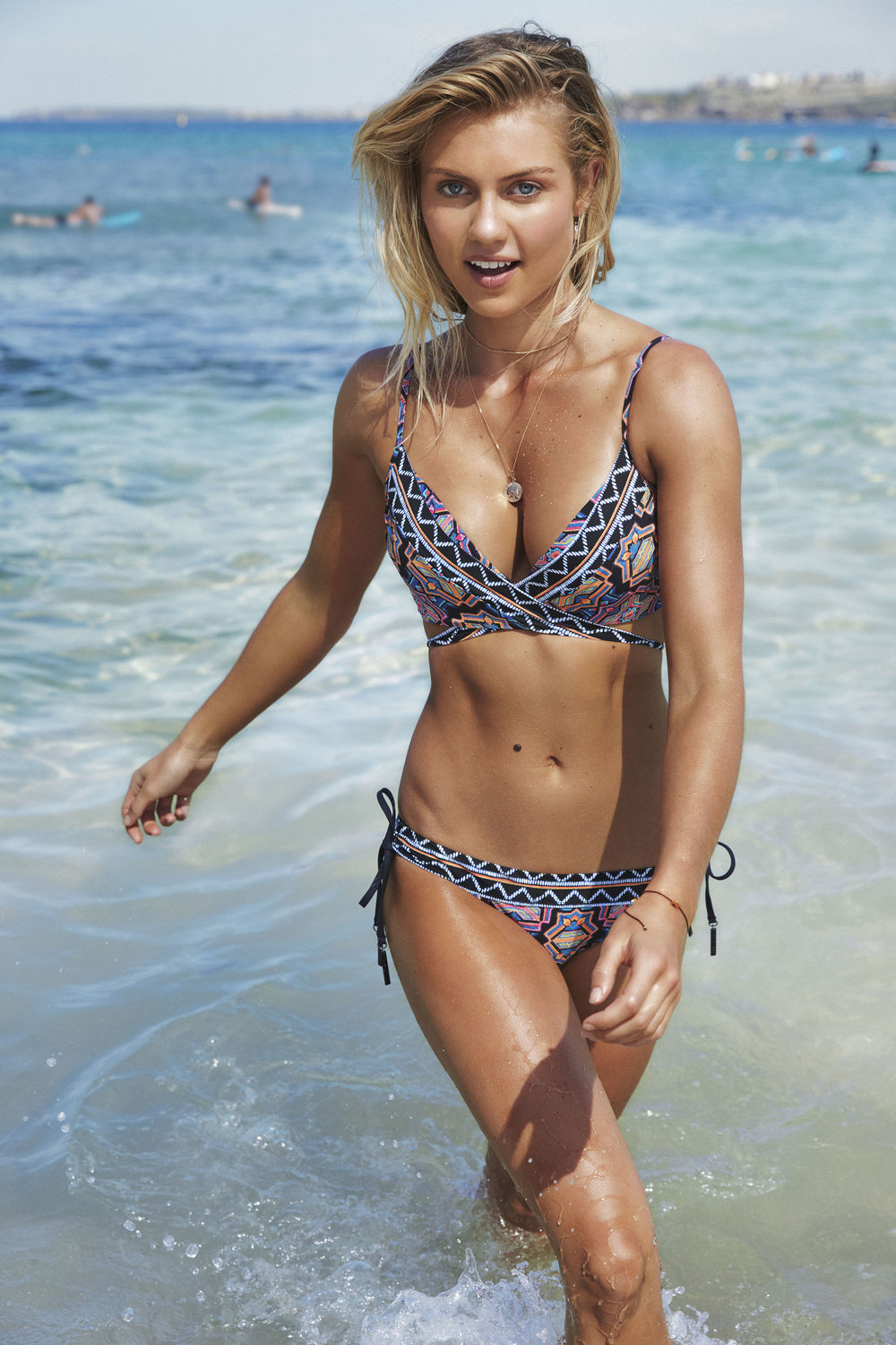 Elyse Knowles Seafolly Campaign 0.jpg