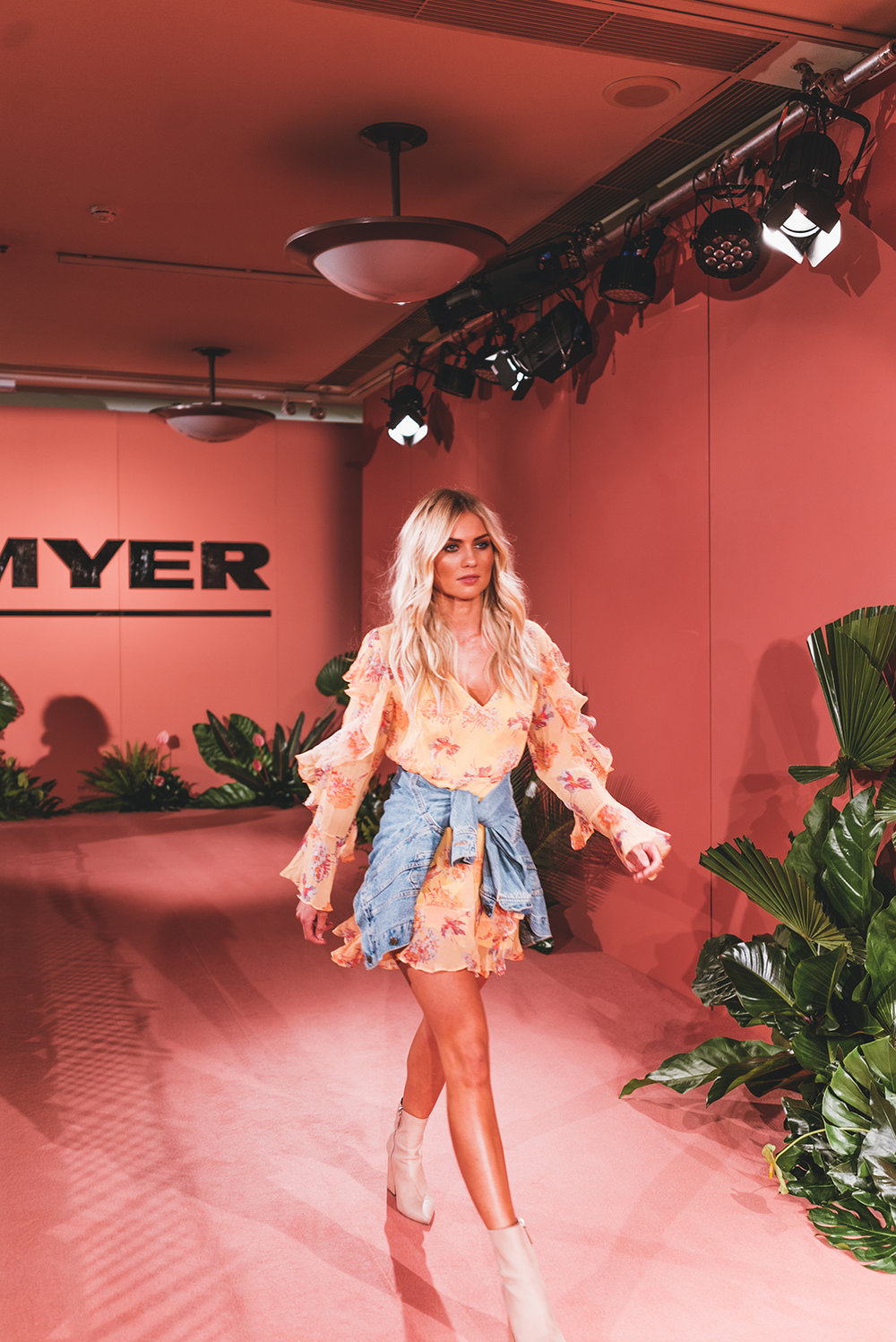 ELYSE KNOWLES - MYER SERIES 2018 3.jpg