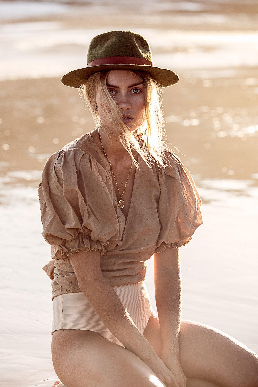 Elyse Knowles by Lauren Schulz 2019 6.jpg