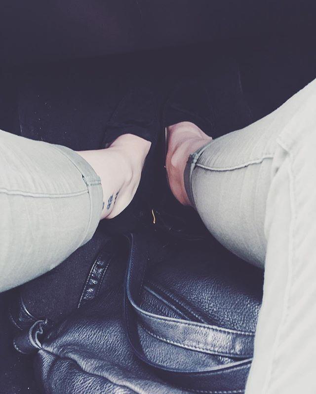 I am completely simplifying my wardrobe today. I think I got rid of half! #onephotoadayinmay  #vsco #vscocam #vscogood #frolicwithme #minimalist #simplify #wardrobe #capsulewardrobe #capsule #ethicalfashion #ethicallymade