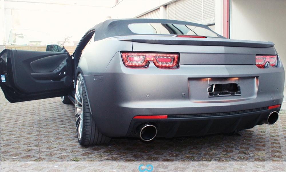 autofolierung-car-wrapping-8-vollfolierung-grau-teilfolierung-carbon-dach-motorhaube-chevrolet-camaro-2013-04-15-3.jpg