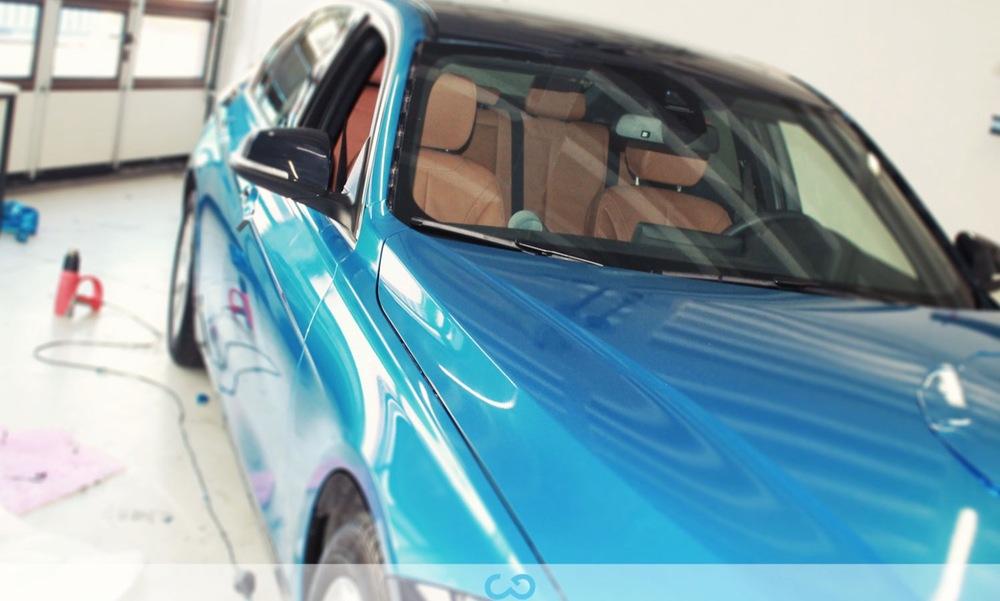 autofolierung-car-wrapping-11-vollfolierung-blau-metallic-bmw-3er-reihe-2013-12-24-6.jpg