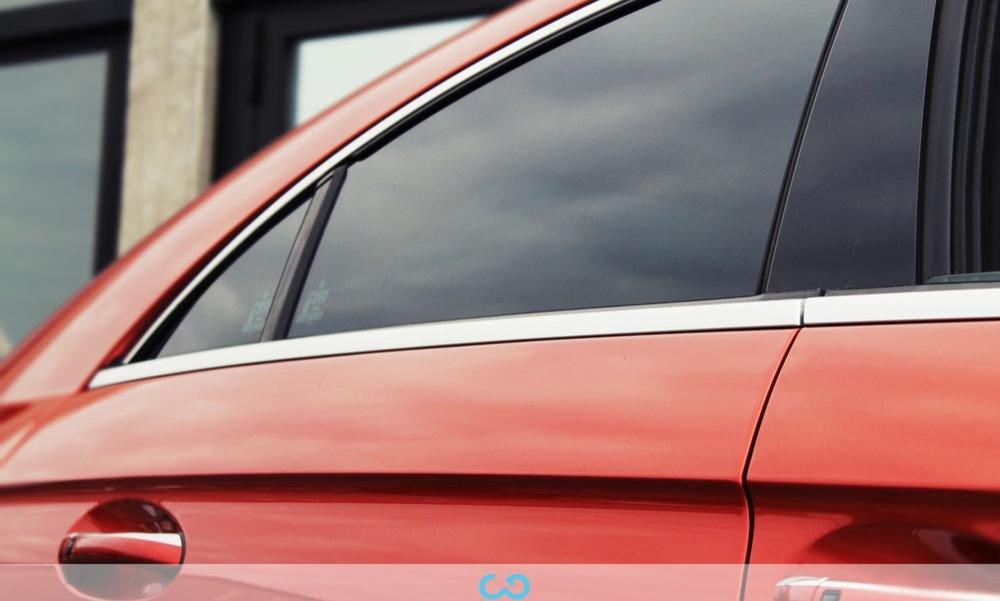 1-autofolierung-car-wrapping-18-scheibentoenung-teilfolierung-dach-schwarz-matt-mercedes-amg-cls63-2014-04-10-7.jpg