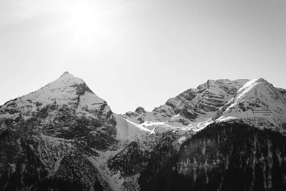 Switzerland with Sarah Lean Timms  (10 of 11).jpg