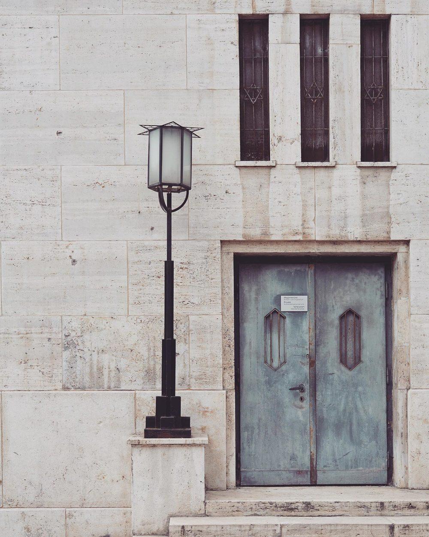 budapest_synagogue_02.jpg