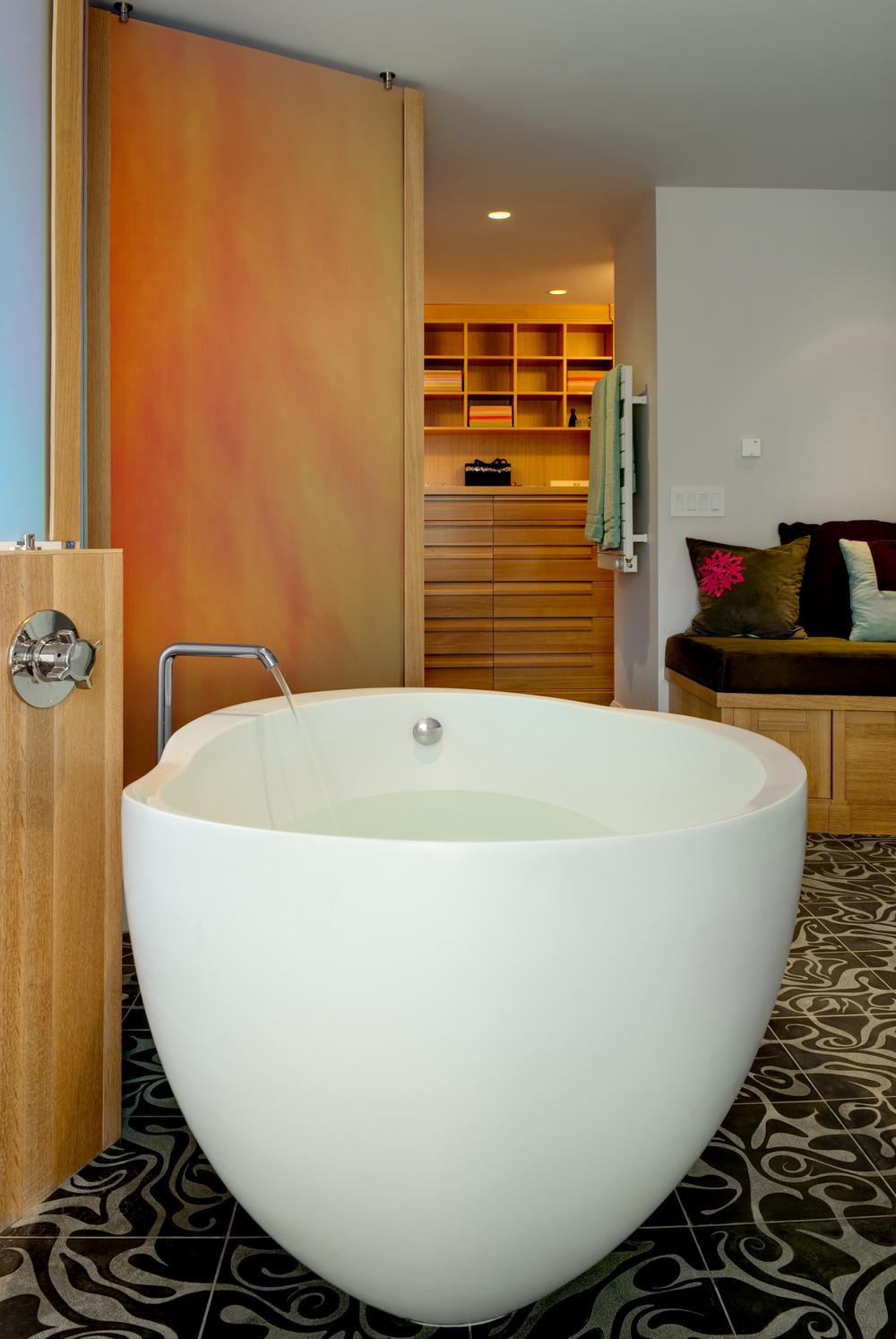 5 Henderson_Stokes bathtubSSFB.jpg