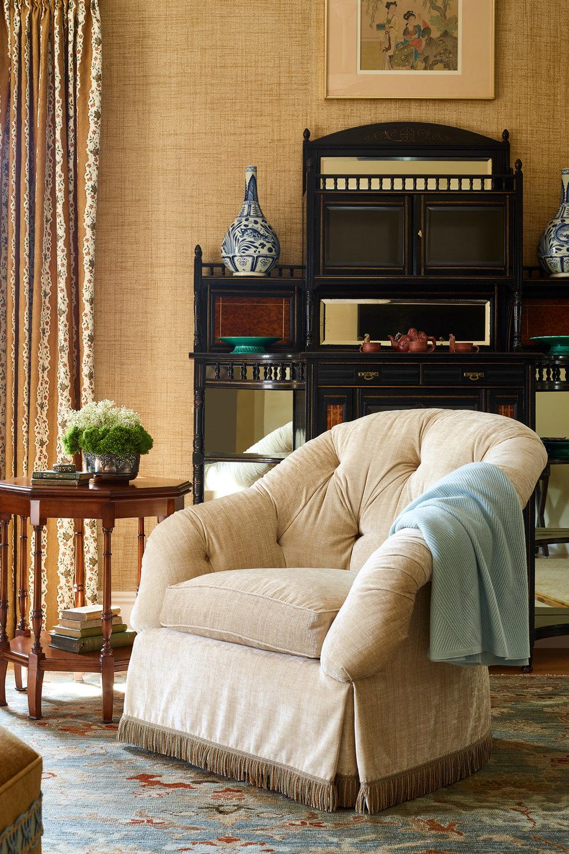 home_classic_chair.jpg