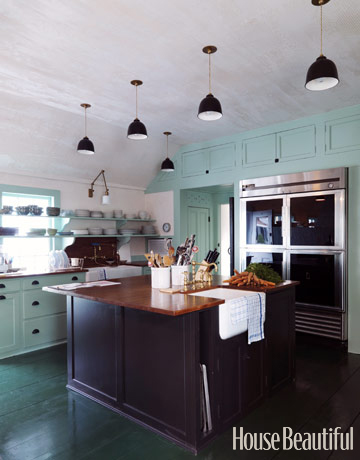turquoise+painted+kitchen+cabinets.jpg