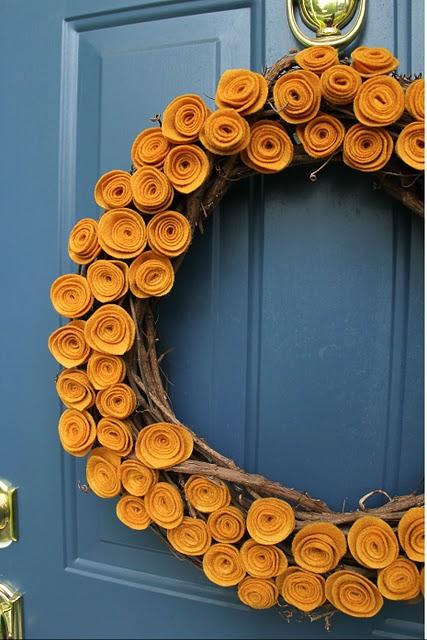 felt+rosette+wreath.jpg