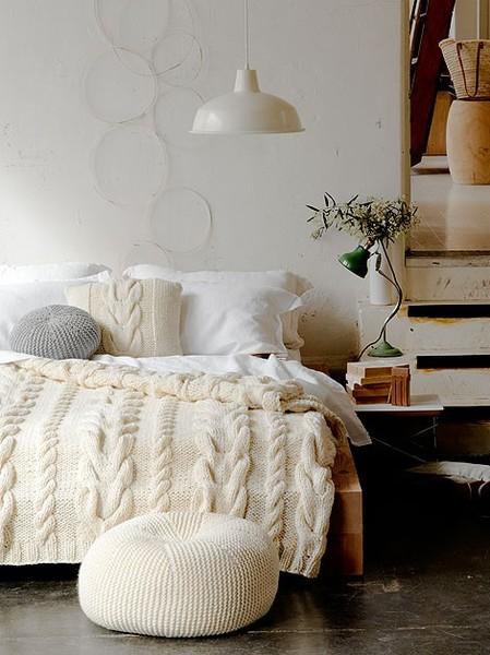 winter+cozy+bedroom.jpg