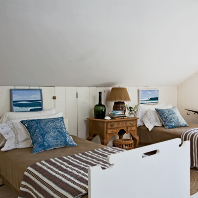 brown-blue-bunk-l.jpg