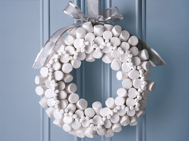 marshmellow+wreath.jpg